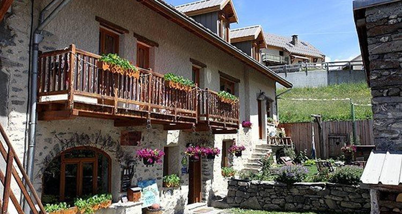 Bed & breakfast: la roche méane in villar-d'arêne (115846)