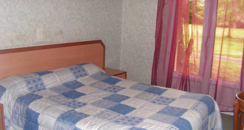 Hotel: hotel le bois joli en massais (116080)