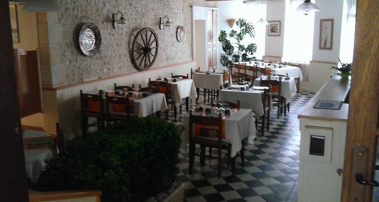 Hotel: hotel de l'union in mirambeau (116155)