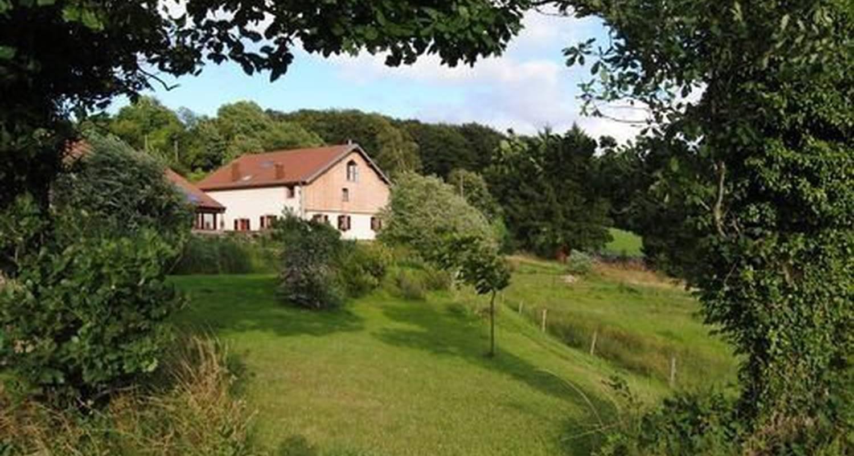 Chambre d'hôtes: la colline aux loups à laveline-du-houx (116253)