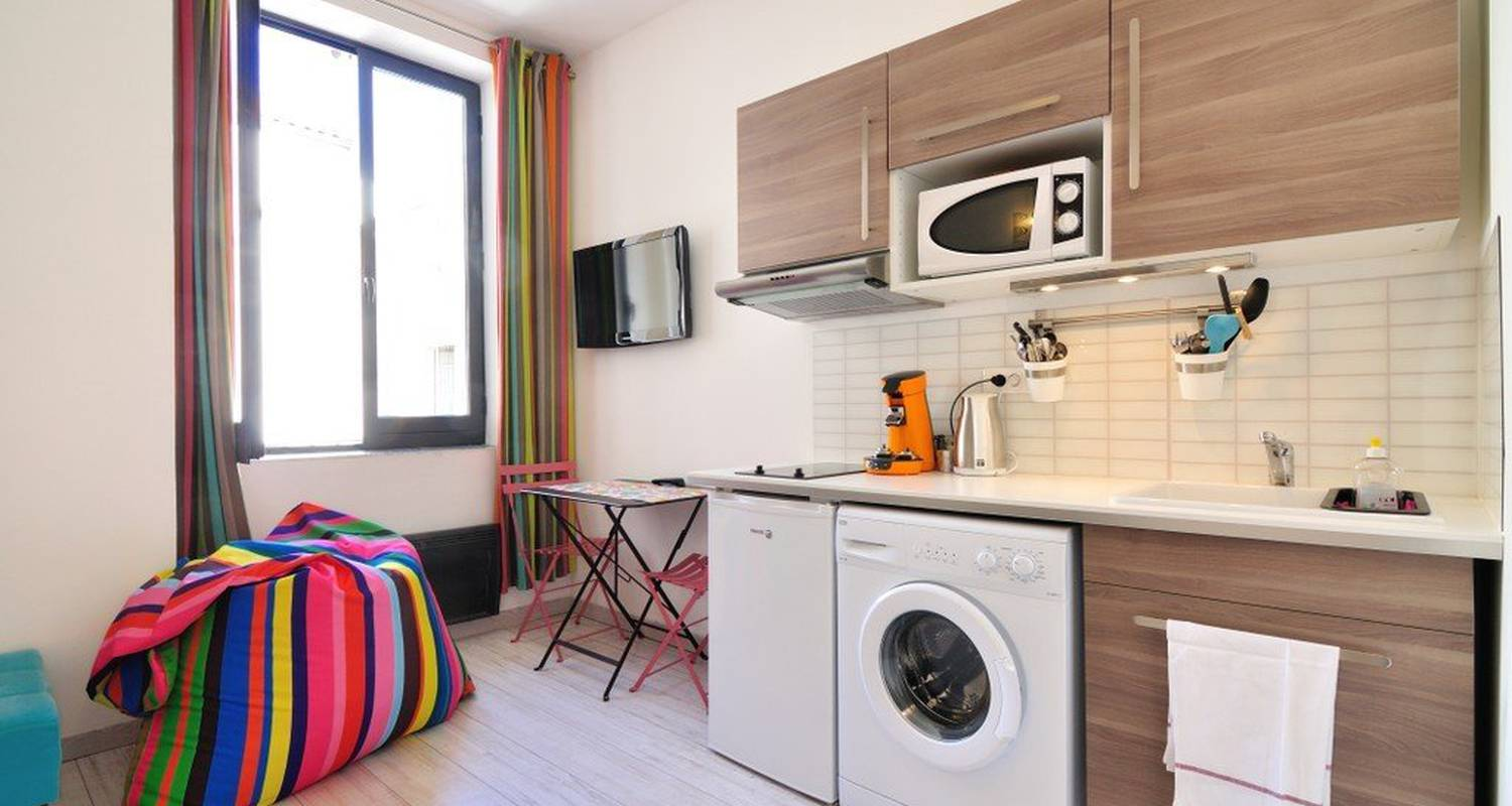 Furnished accommodation: le decor in lyon (116372)