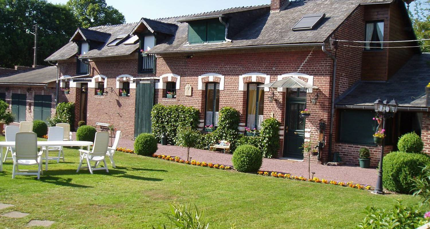 Bed & breakfast: lafontaineauxiris.com in hattencourt (116829)