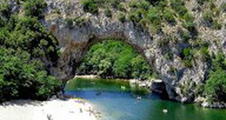 Furnished accommodation: maison de vacances 10 pers in berrias-et-casteljau (116864)