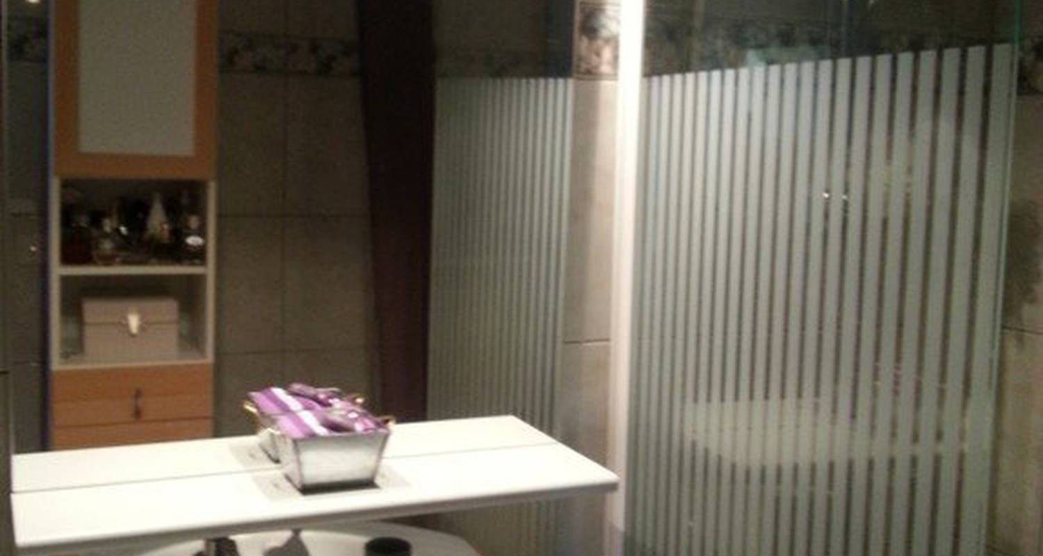 Furnished accommodation: appt bordeaux chartrons in bordeaux (116884)