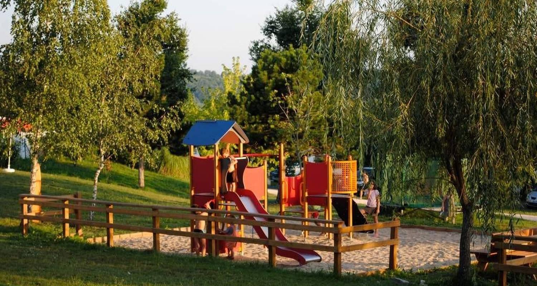 Emplacements de camping: camping padimadour à rocamadour (117092)