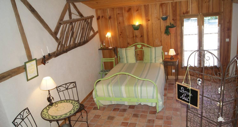 Chambre d'hôtes: lieu dit les fontenelles à liré (117157)