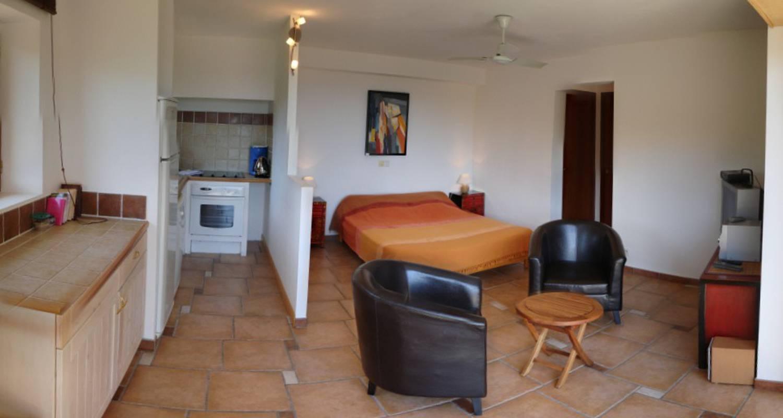 Logement meublé: altezza, maison 2 chambres, 4 étoiles. à porto-vecchio (117399)