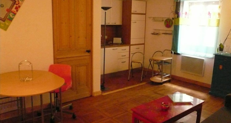 Chambre d'hôtes: la petite traboule à mâcon (117485)