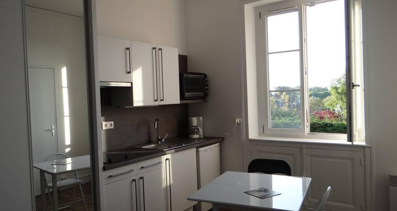 Furnished accommodation: studio tout équipé  in saint-malo (117521)