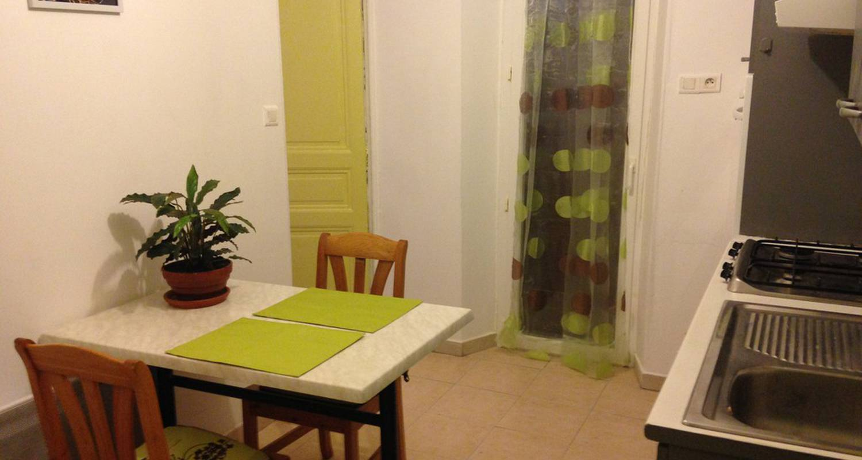 Logement meublé: zatout  à marseille (117554)