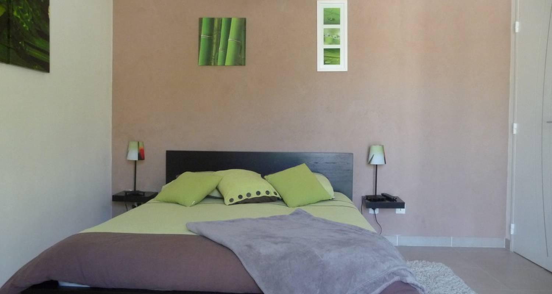 Bed & breakfast: l'oléa de romane,chambres  in rousset-les-vignes (117583)