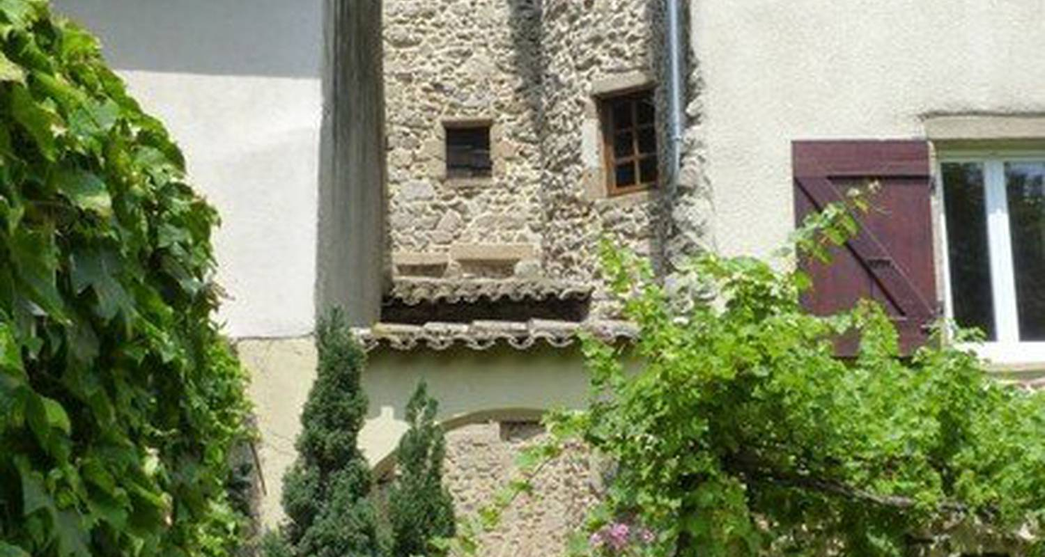 Bed & breakfast: la tour des perchés in condrieu (117663)
