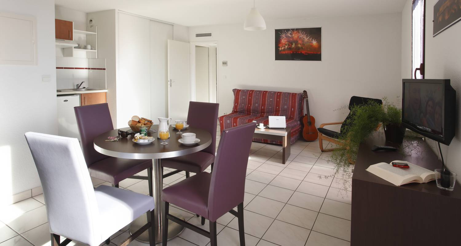 Hotel residence: adonis carcassonne in carcassonne (124753)