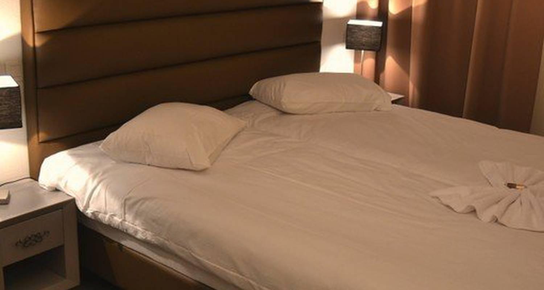 Hotel: adonis hôtel bayonne in lahonce (118072)