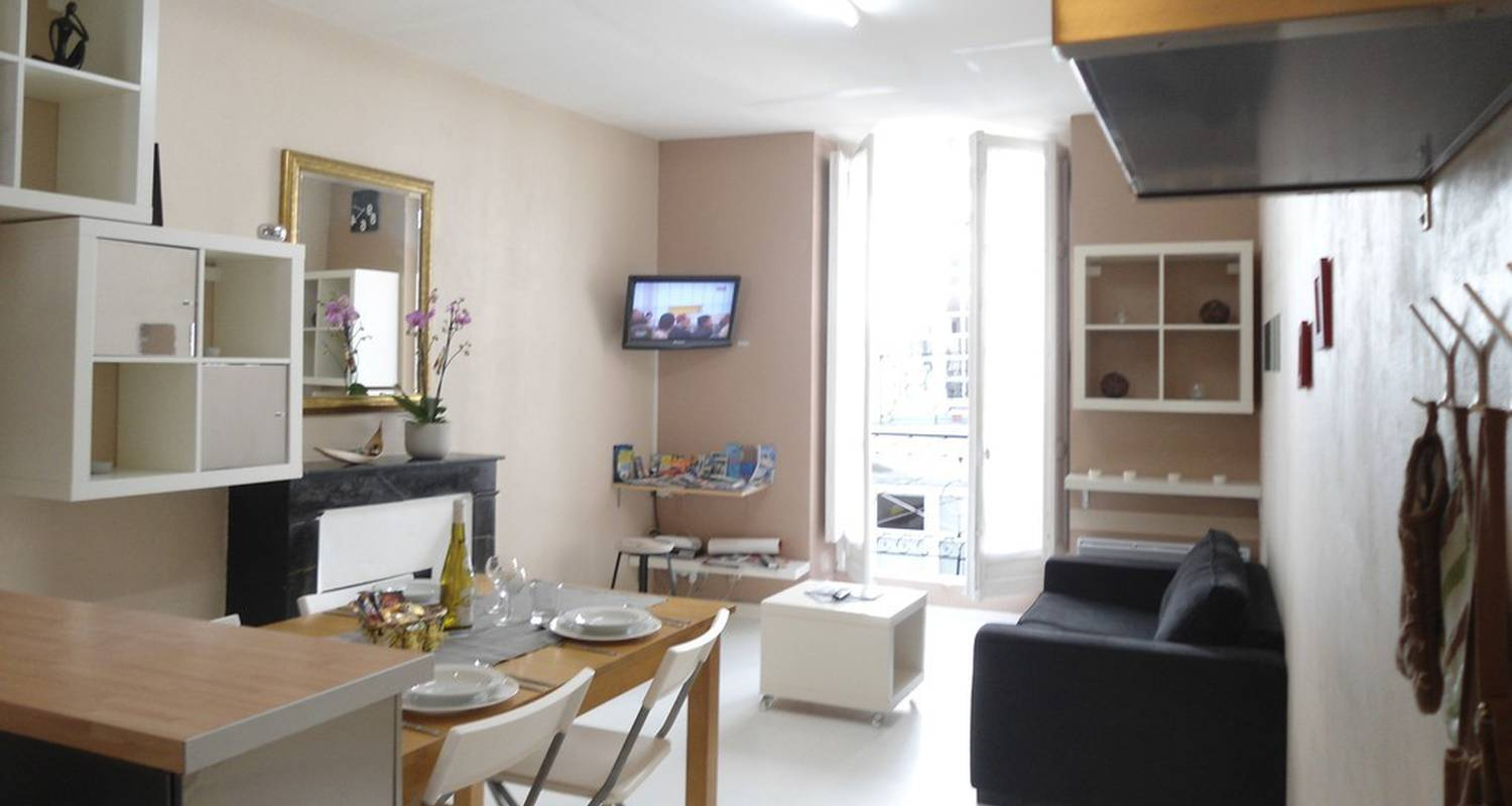 """Furnished accommodation: """"l'escapade"""" coeur nantes in nantes (118211)"""