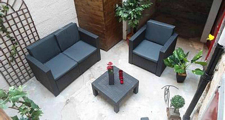 Furnished accommodation: jardin coeur de ville in nantes (118217)
