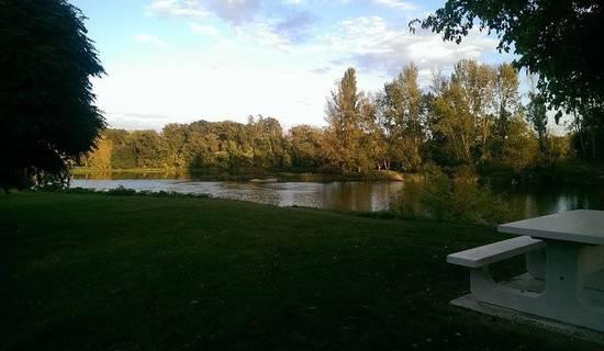 gite bord de Loire picture