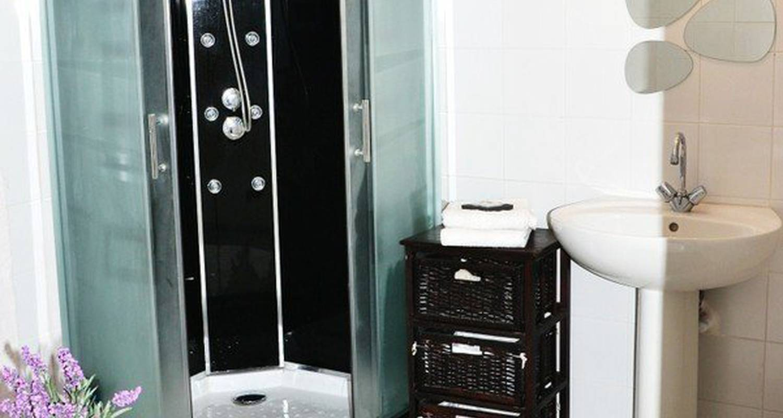 Logement meublé: chambre chez l'habitant à créhen (118330)