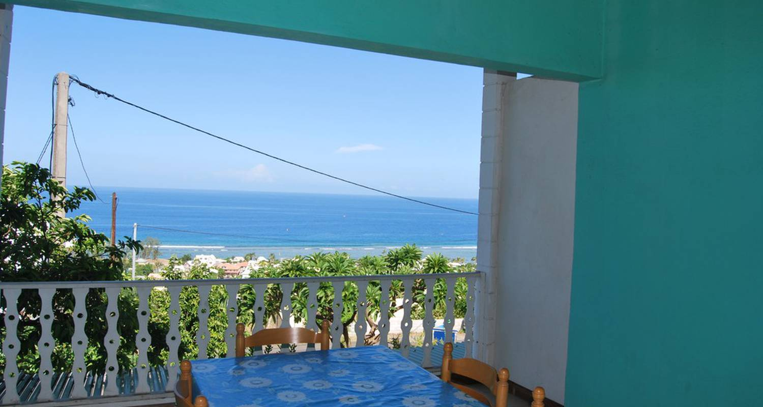 Furnished accommodation: cap soleil-locations 4 p. in saint-leu (118511)