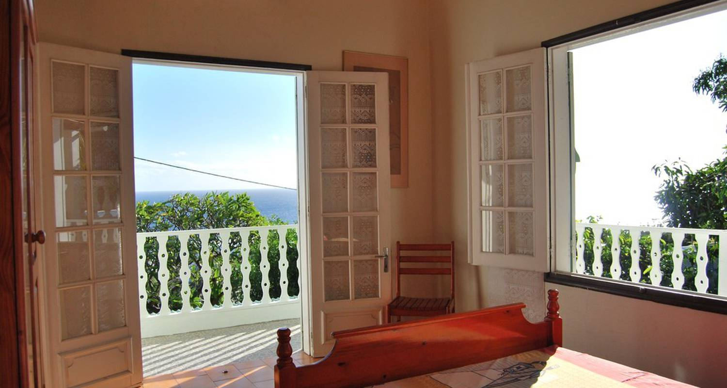 Furnished accommodation: cap soleil-locations 6 p. in saint-leu (118515)