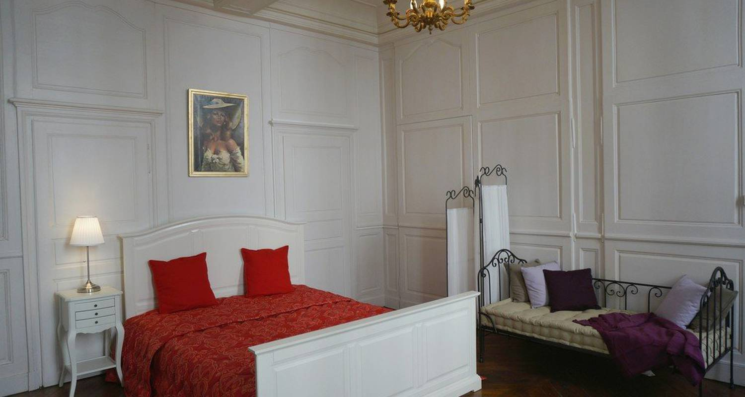 Furnished accommodation: les bernardines in dijon (118881)