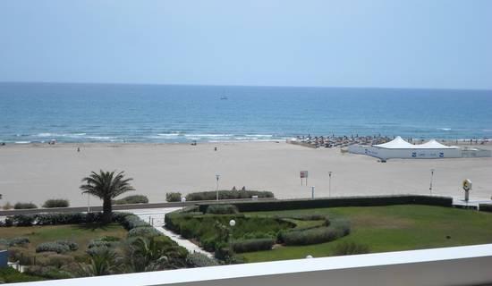 APPARTEMENT VUE MER à 50 Mètres d ela plage  picture