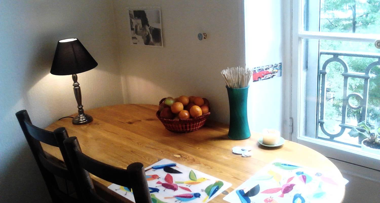 Logement meublé: big room at center+wifi+kitchen à grenoble (119918)