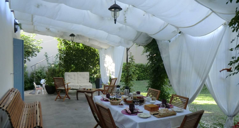 Bed & breakfast: la maison de mamie en provence in vedène (128091)