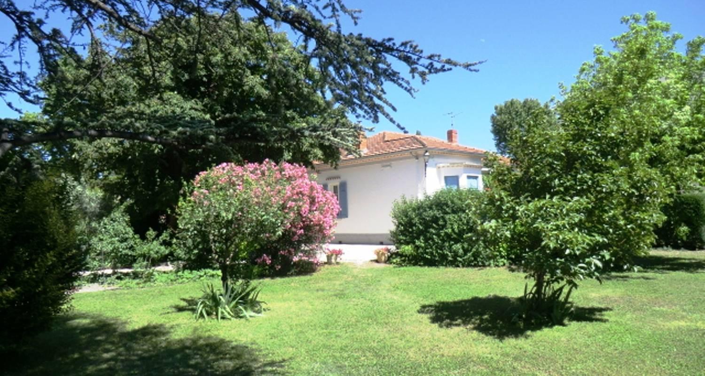 Bed & breakfast: la maison de mamie en provence in vedène (120068)