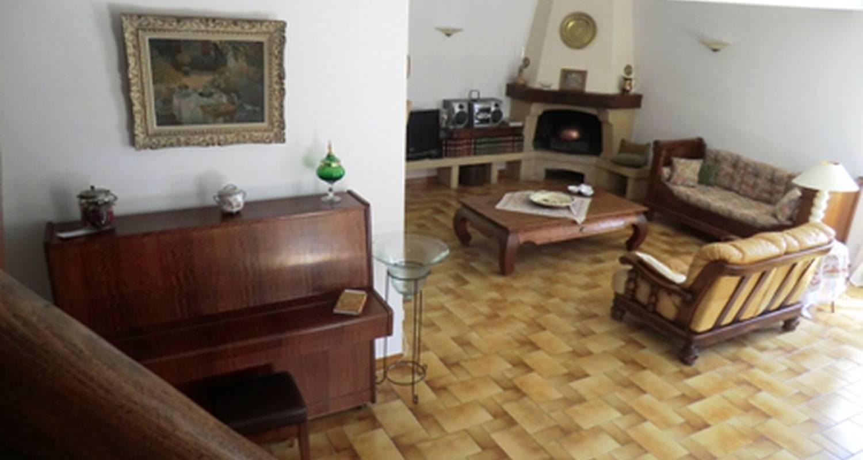 Furnished accommodation: lou brès en provence in vedène (128082)