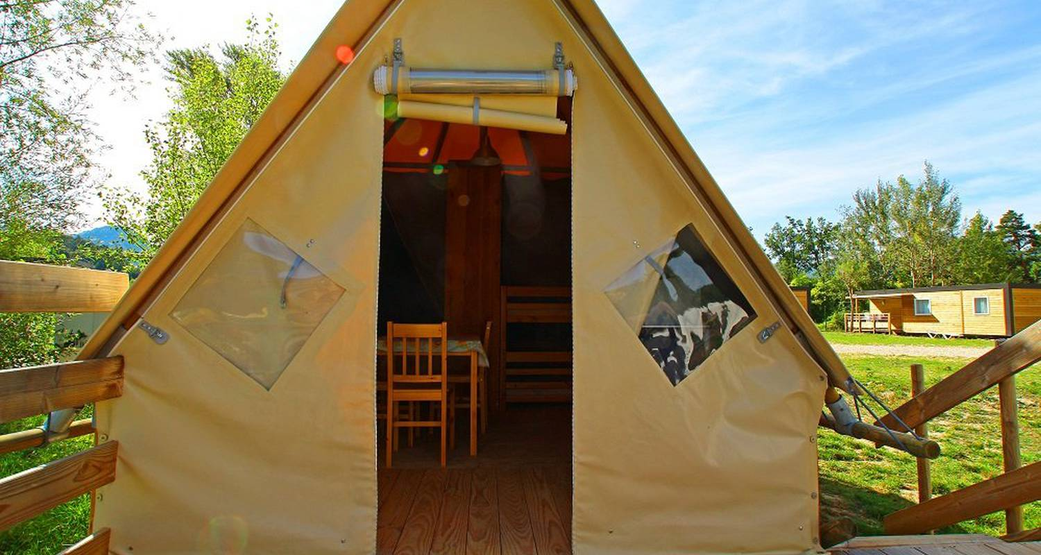 Other kind of rental accommodation: tipi in châtillon-en-diois (120697)