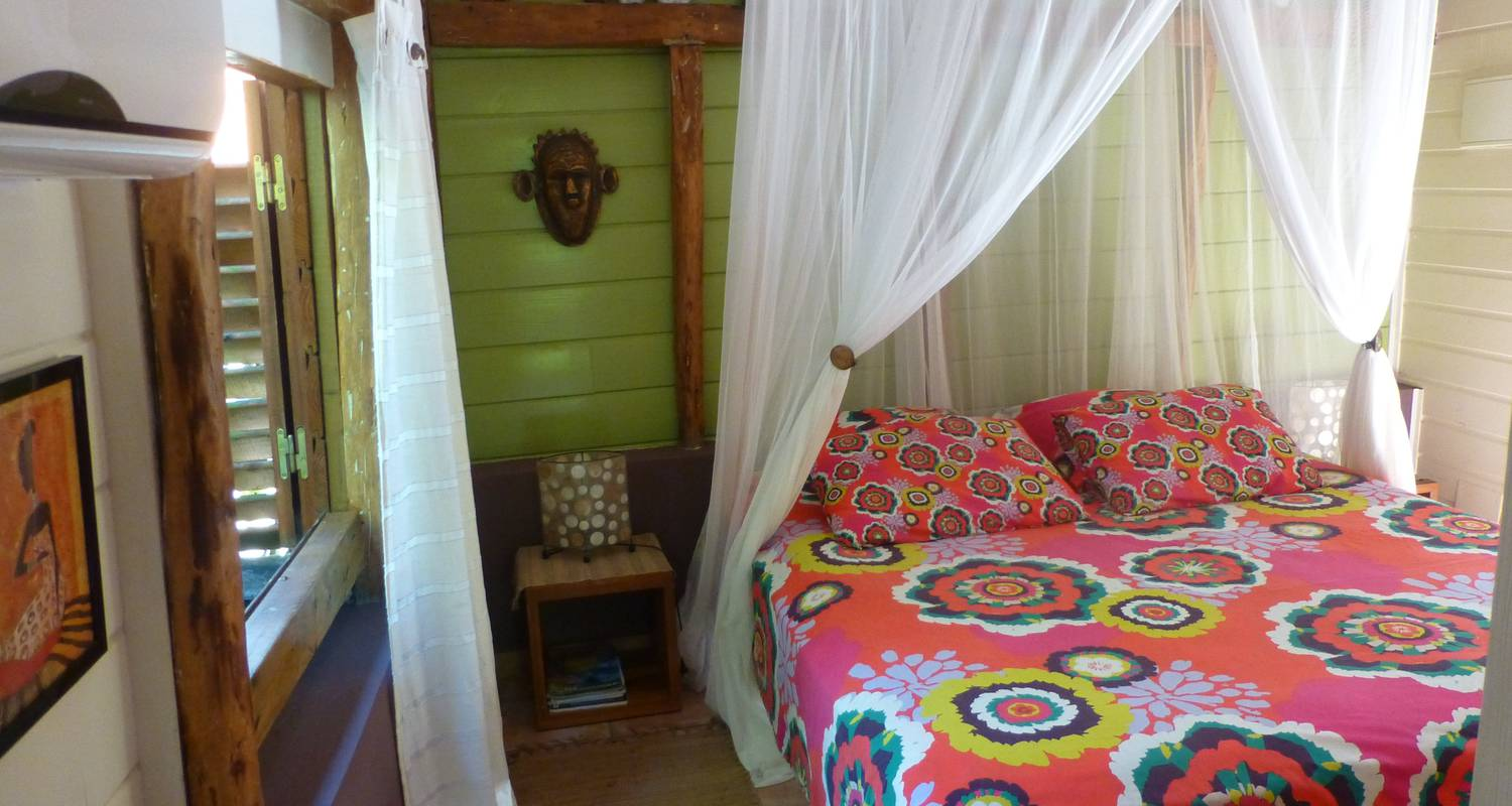 Furnished accommodation: rochers caraibes eco-village in pointe-noire (120723)