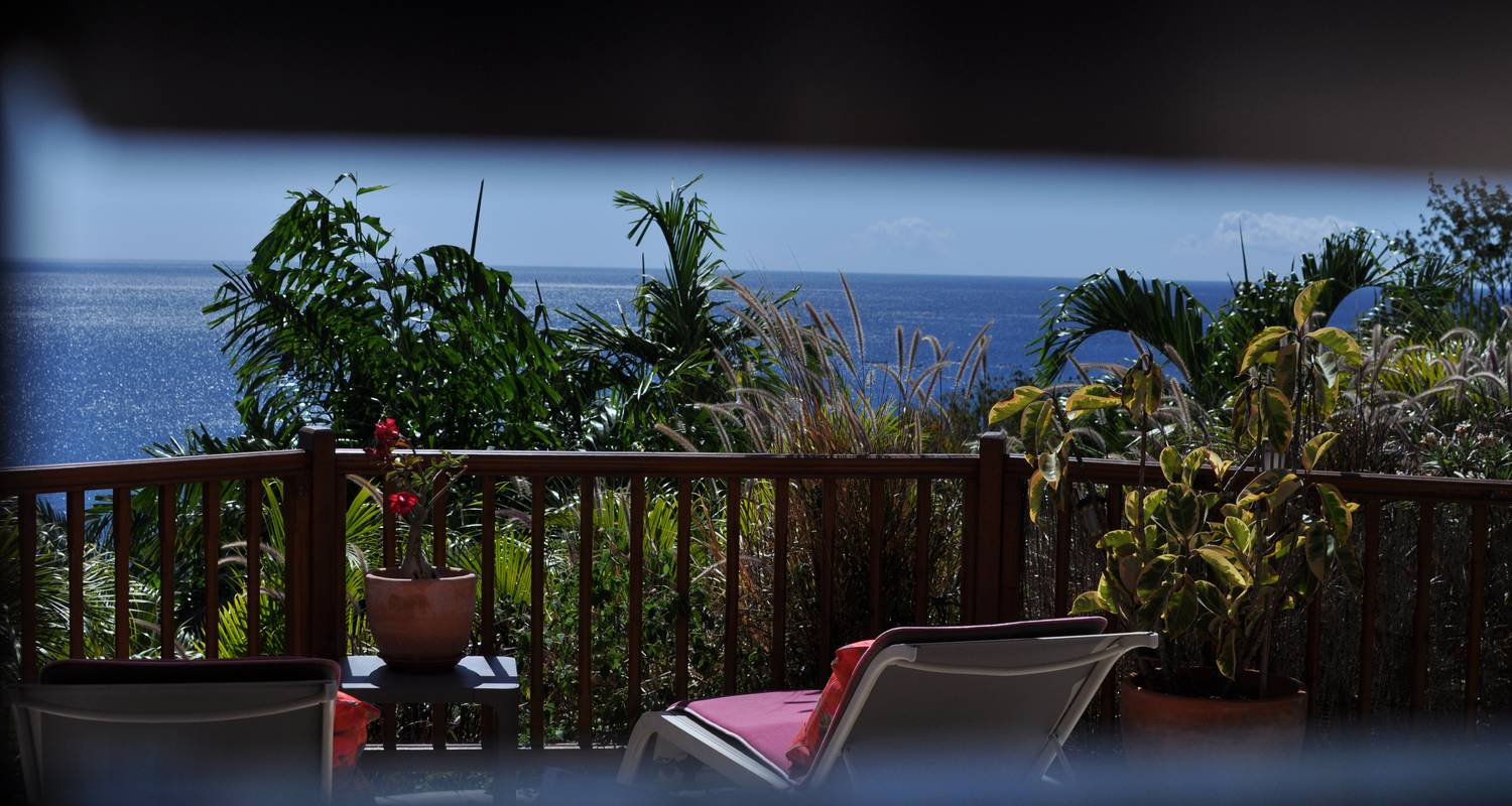 Furnished accommodation: rochers caraibes eco-village in pointe-noire (120709)
