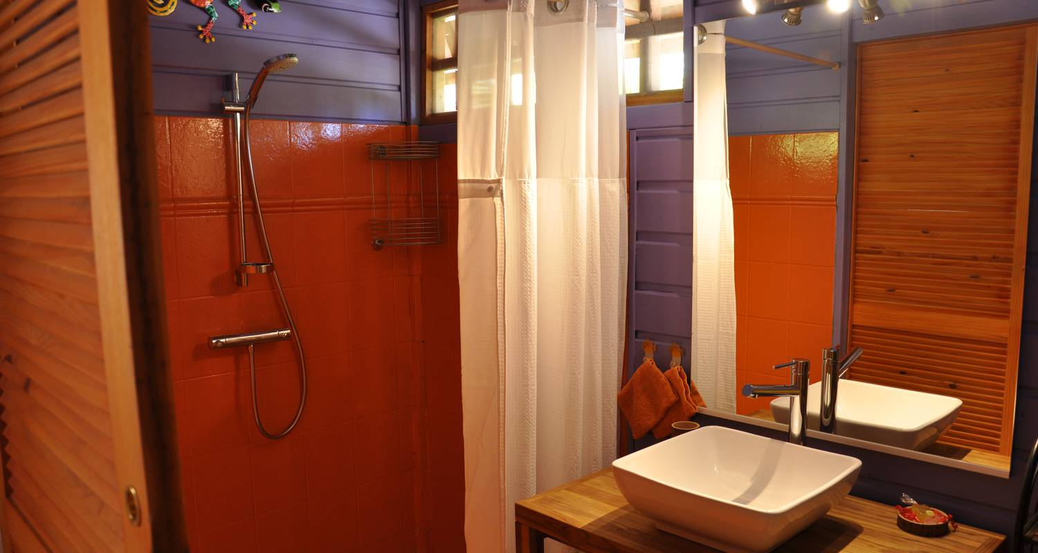 Furnished accommodation: rochers caraibes eco-village in pointe-noire (120719)