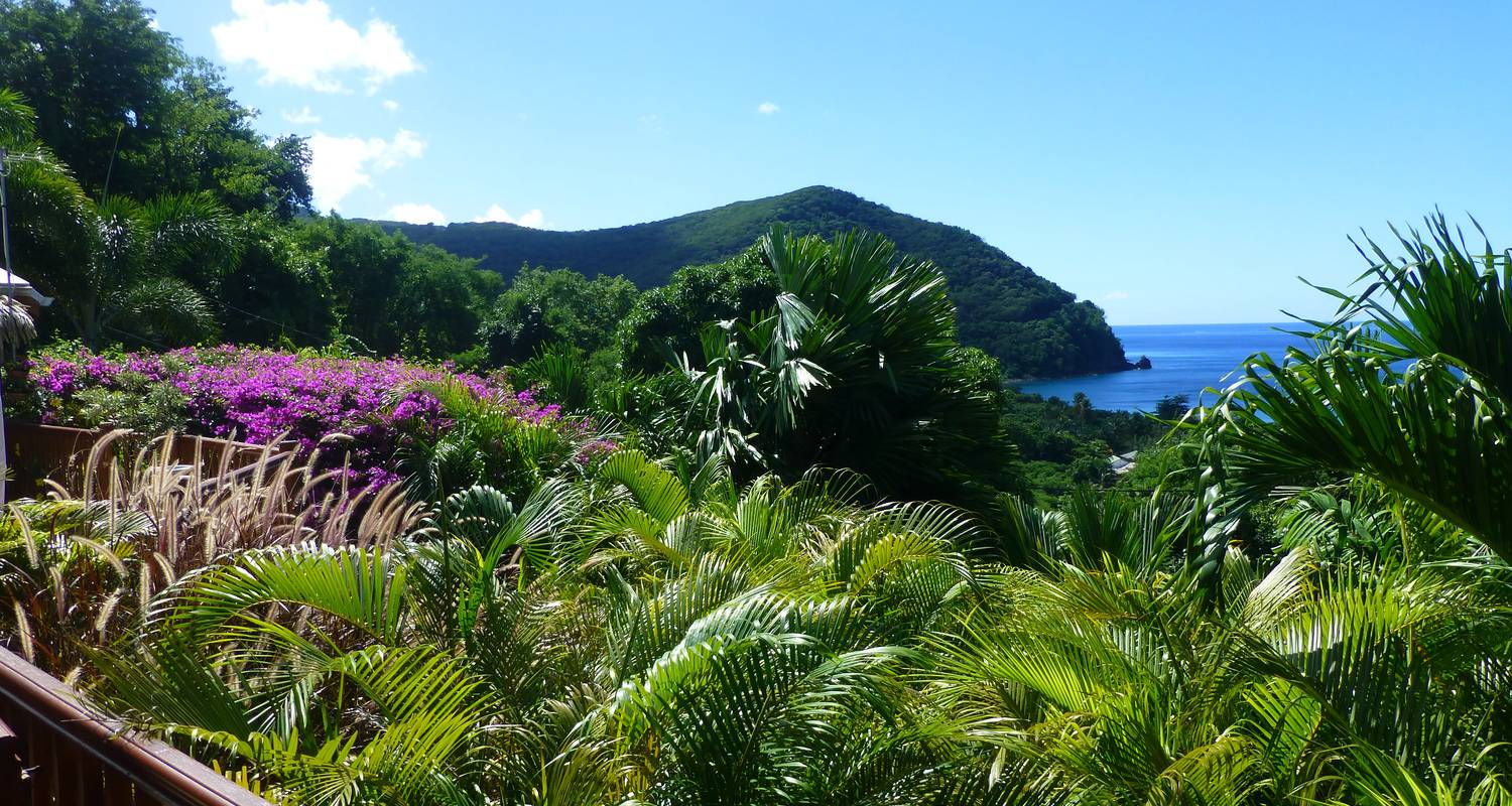 Furnished accommodation: rochers caraibes eco-village in pointe-noire (122667)