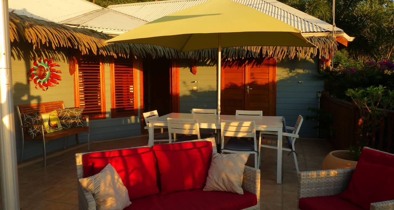 Furnished accommodation: rochers caraibes eco-village in pointe-noire (122664)