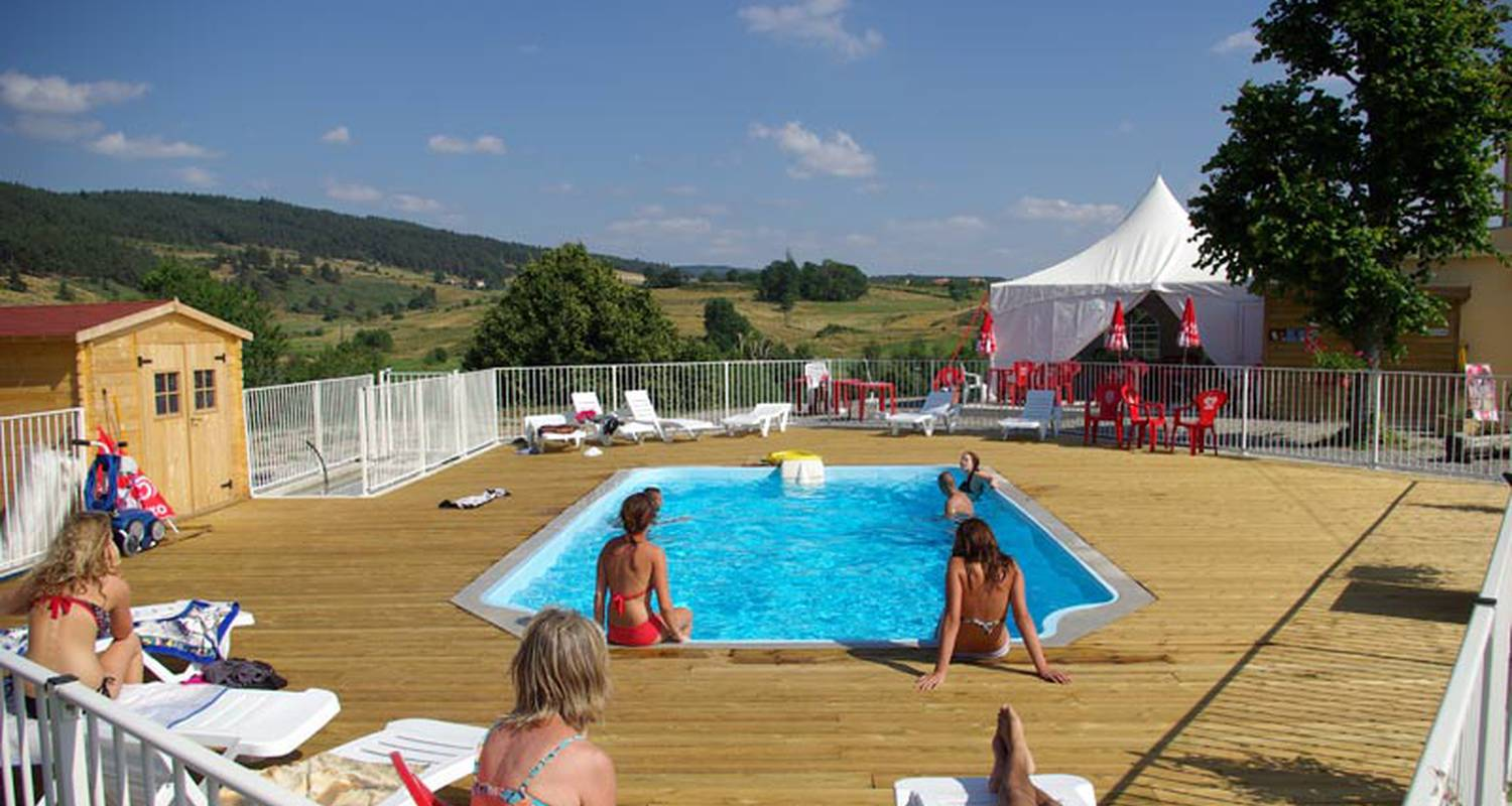 Camping pitches: la cigale de l'allier campsite in langogne (120785)