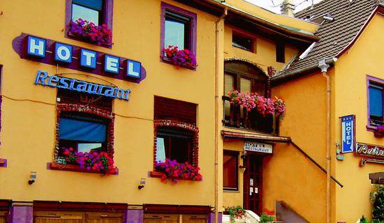 Hôtel Cristal picture