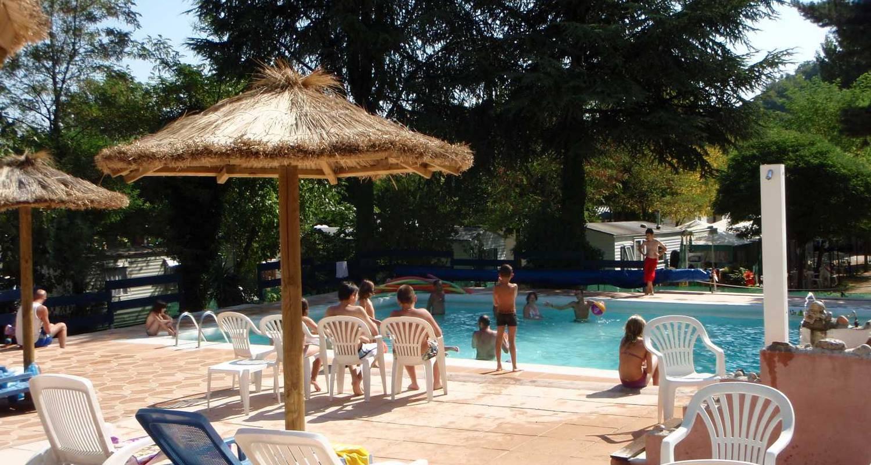 Emplacements de camping: camping et hôtel le manoir à tournon-sur-rhône (121056)
