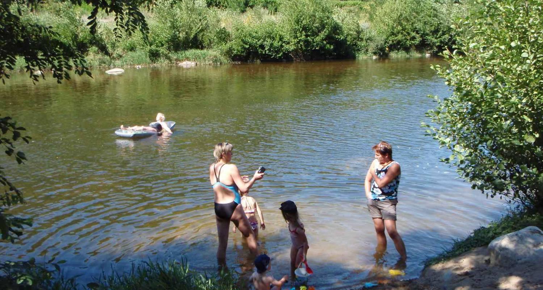 Emplacements de camping: camping et hôtel le manoir à tournon-sur-rhône (121057)