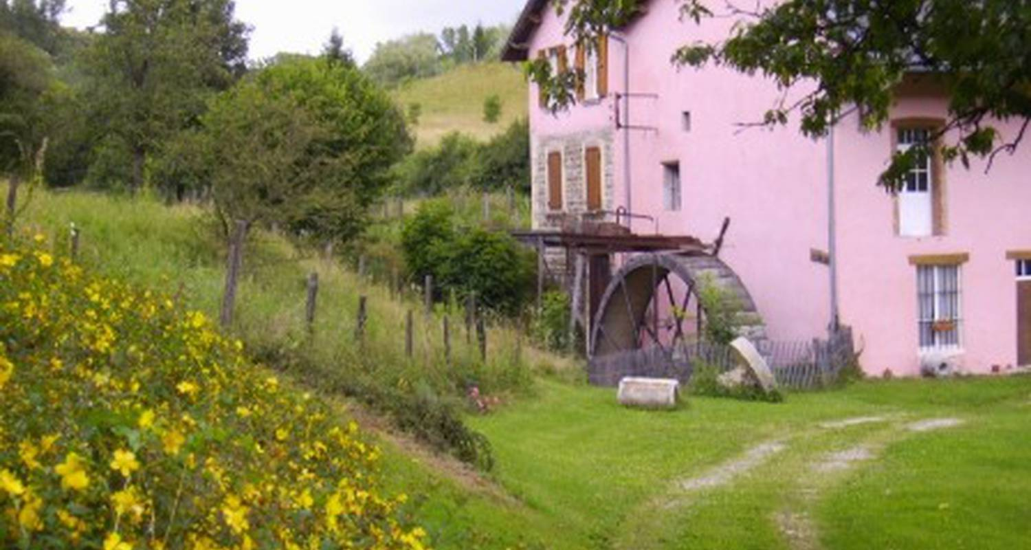 Bed & breakfast: le moulin rose in chirens (121138)