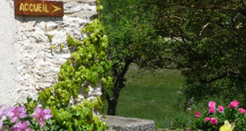 Gîte de groupe: le prefolet en saint-martin-en-vercors (121227)