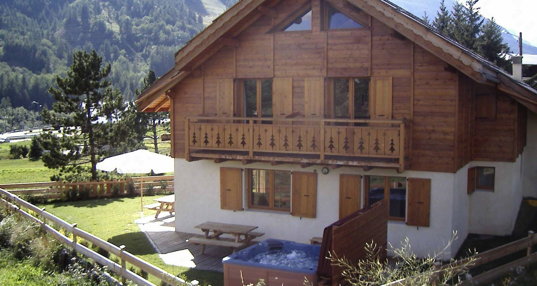 Furnished accommodation: chalet le serre des oiseaux in serre chevalier (121265)