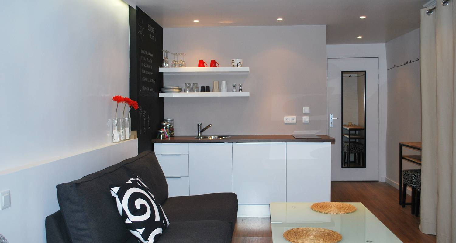 Hotel residence: chuuut! apartment historical center in annecy (121355)