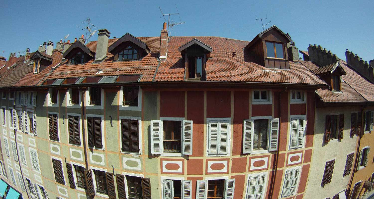 Hotel residence: chuuut! apartment historical center in annecy (121354)