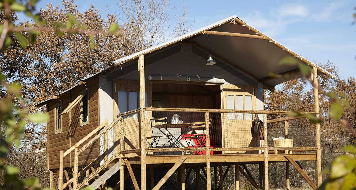 Other kind of rental accommodation: cabane lodge in chamalières-sur-loire (121386)