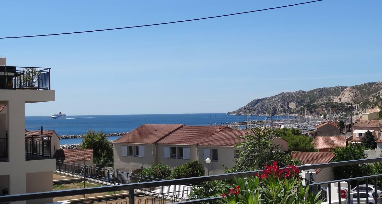 Furnished accommodation: les terrasses de la mer in marseille 16 (121448)