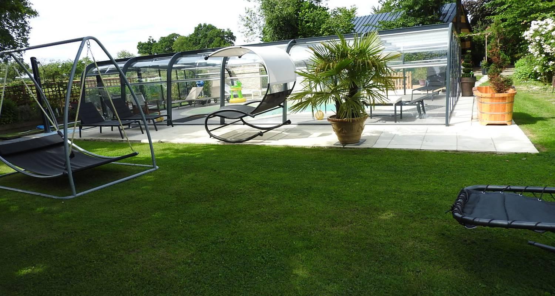 Gîte: gîte la prairie avec piscine couverte pour 4 personnes à rougé (132191)
