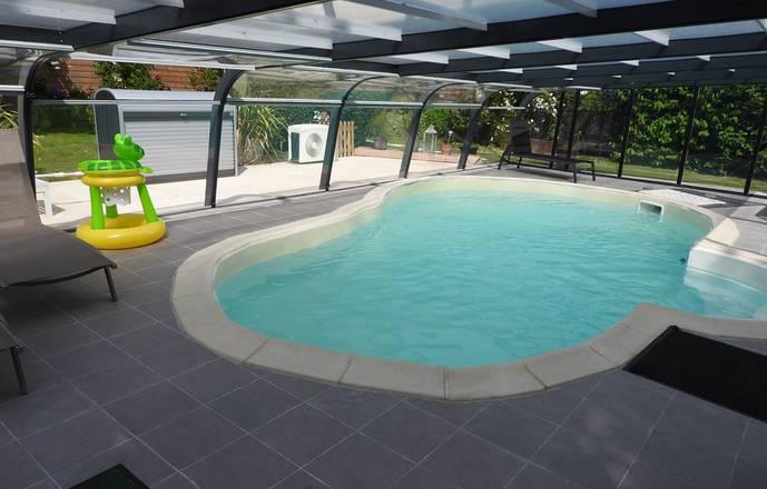 gîte la prairie avec piscine couverte pour 4 personnes