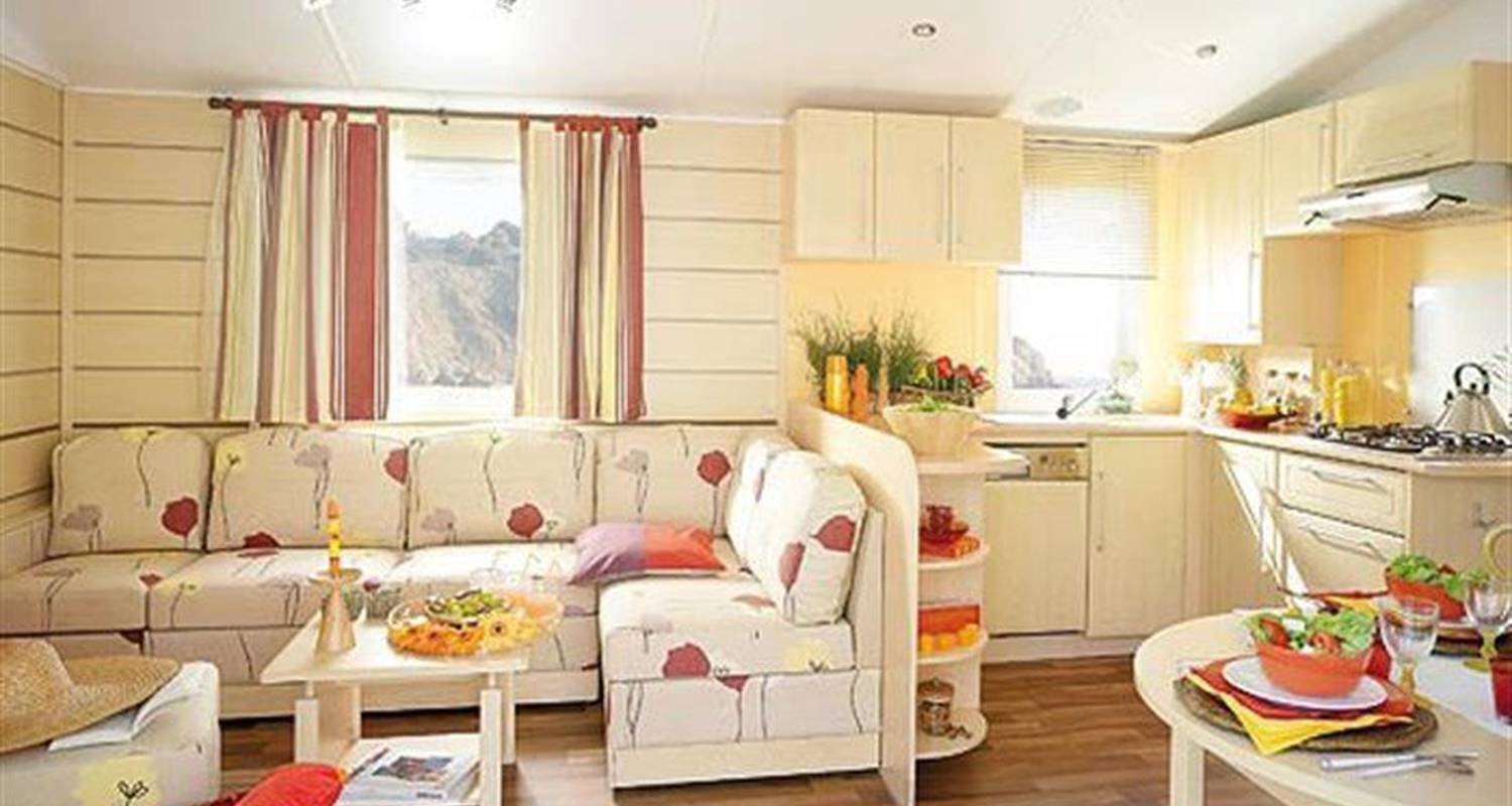 Other kind of rental accommodation: evasion mobilhome in les mathes (121724)
